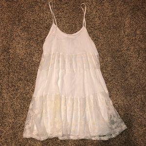 Beautiful white dress size XS